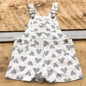 OshKosh Overall Shorts Size 18M Hearts
